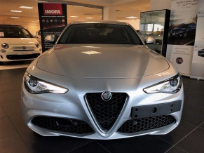 Alfa Romeo Giulia 2.0T 200k AT8 ZF Super *022*